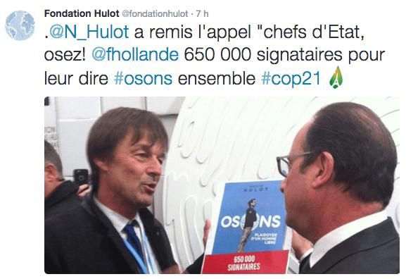 Nicolas Hulot remet Osons à François Hollande